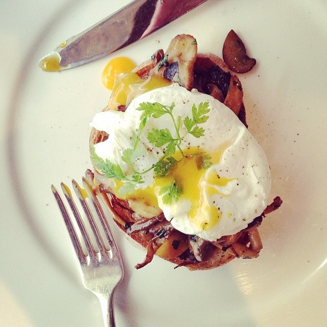 Hot-new-Brunch-spot-@NewStreetGrill-crmb-SundayBrunch
