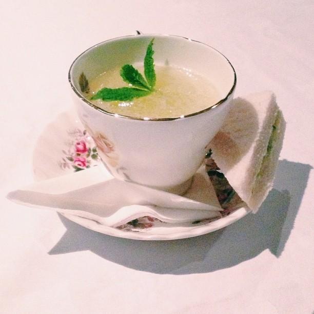 cocktails-at-Bourne-Hollingsworth-crmb