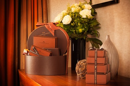 London-Hilton-on-Park-Lane---La-Maison-Du-Chocolate-Suite-3