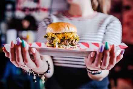 Green-Chili-Cheeseburger