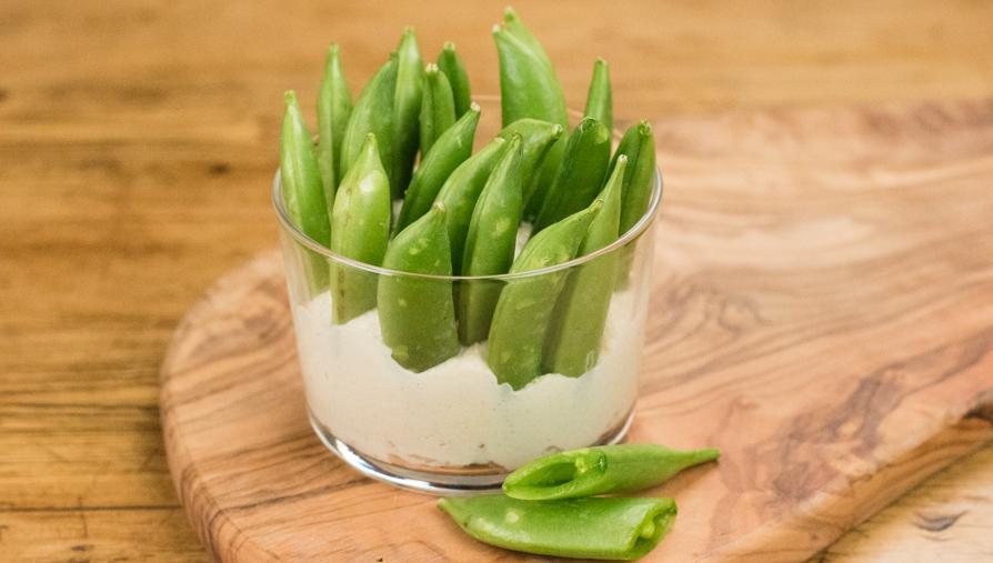 Pod hummus-sugar-snap-peas_0