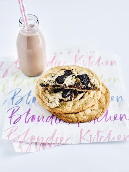 Blondies Kitchen BK-Cookies-WithChocolateMilk_06319 copy