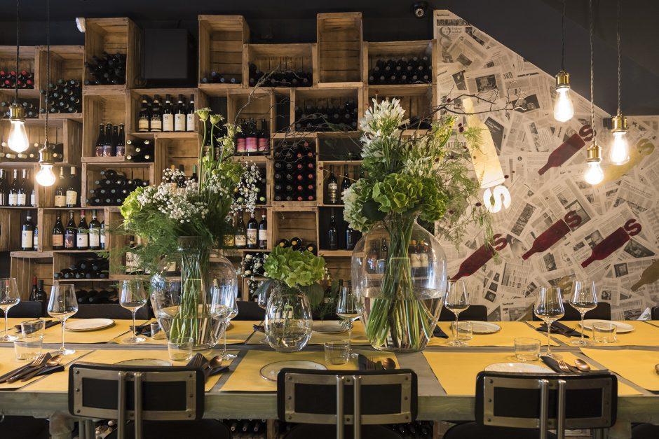 BOTTLES Wine Bar
