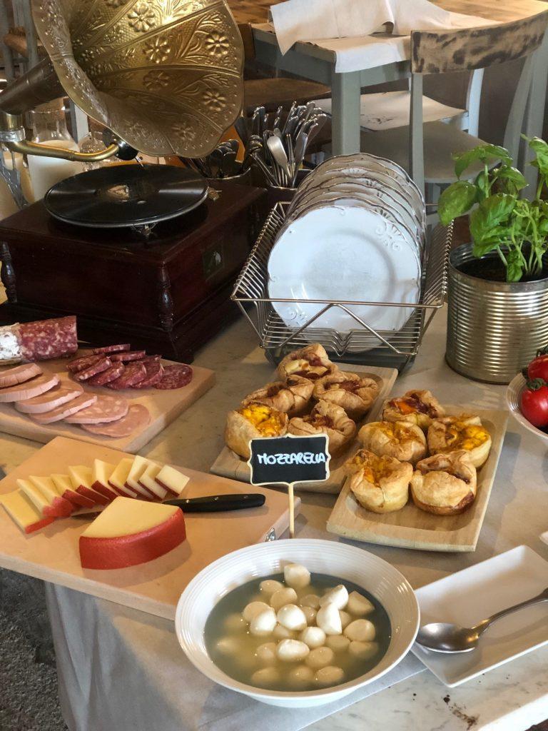 Breakfast at Locanda in Tuscany